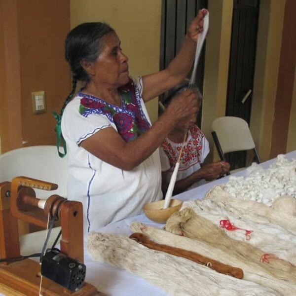 Oaxaca artesanas seda 12