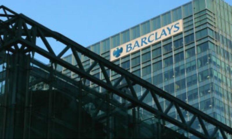 Barclays pagó a las autoridades estadounidenses 453 mdd por la fijación de la tasa Libor. (Foto tomada de money.cnn.com)