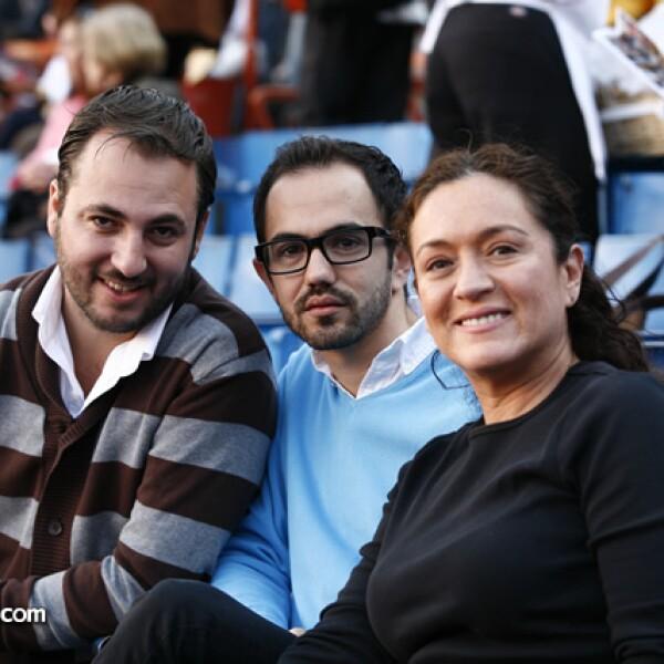 Victor Marínez,Daniel García,Lizzy Cancino