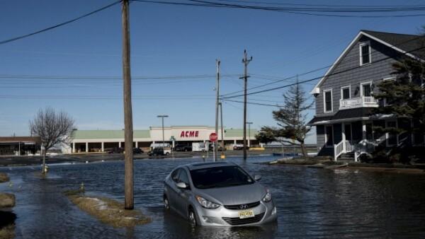 El derretimiento de hielo, como ocurrió en North Wildwood, New Jersey, ha provocado inundaciones que pueden incrementarse en las siguientes horas.
