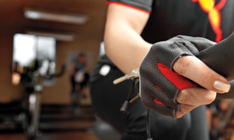 """En Sportium """"se están preparando para que, si en algún momento hace sentido, puedan detonar el botón y salir a la Bolsa"""", dice Arturo Merino, socio director del banco de inversión ArCcanto y asesor de la cadena de gimnasios. (Foto: Manuel Riestra)"""