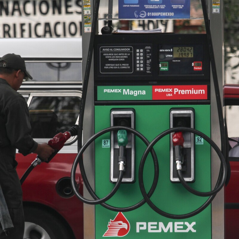 El precio de las gasolinas seguirá aumentando mensualmente y no se congelará: Secretaría de Hacienda (Foto: Notimex)