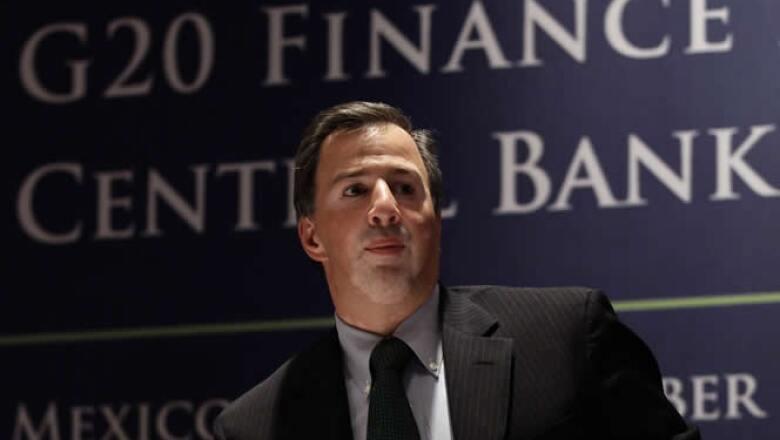 José Antonio Meade llamó a Estados Unidos a resolver su problema fiscal para no poner n riesgo a la economía.