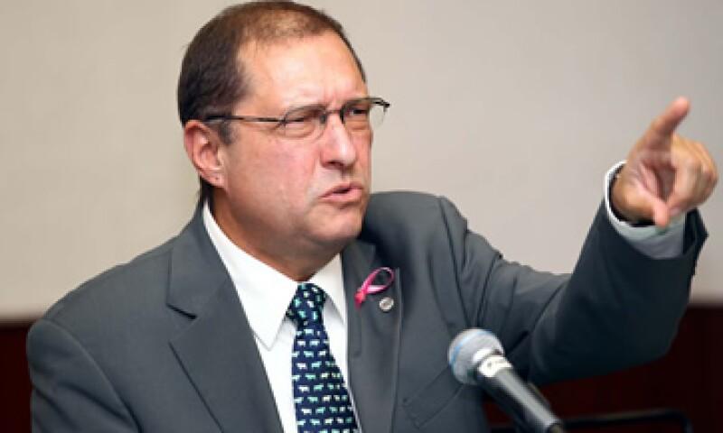 América Móvil logró que Pérez Motta fuera excluido de la votación sobre ese recurso, alegando que el funcionario estaba sesgado. (Foto: Notimex)