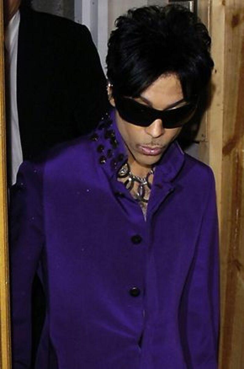 """La amistad de Hayek y Prince se remonta al 2005, cuando la estrella mexicana dirigió en Marruecos el video musical de su tema con título en español, """"Te amo corazón""""."""