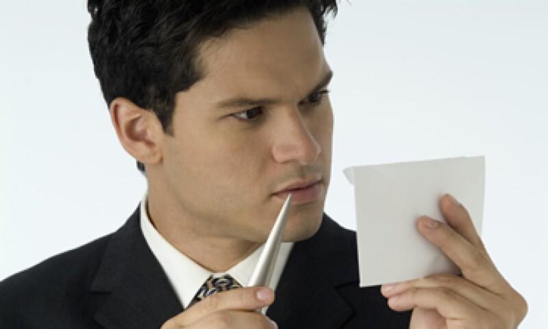 Esta semana vence el plazo para que aclares ante el SAT si tienes adeudos fiscales de 2009. (Foto: Thinkstock.)