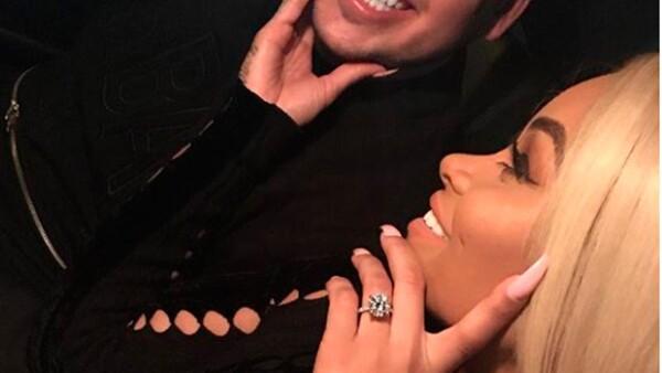 Ron Kardashian dio a su novia una espectacular joya de siete quilates que tiene un valor de 325 mil dólares.