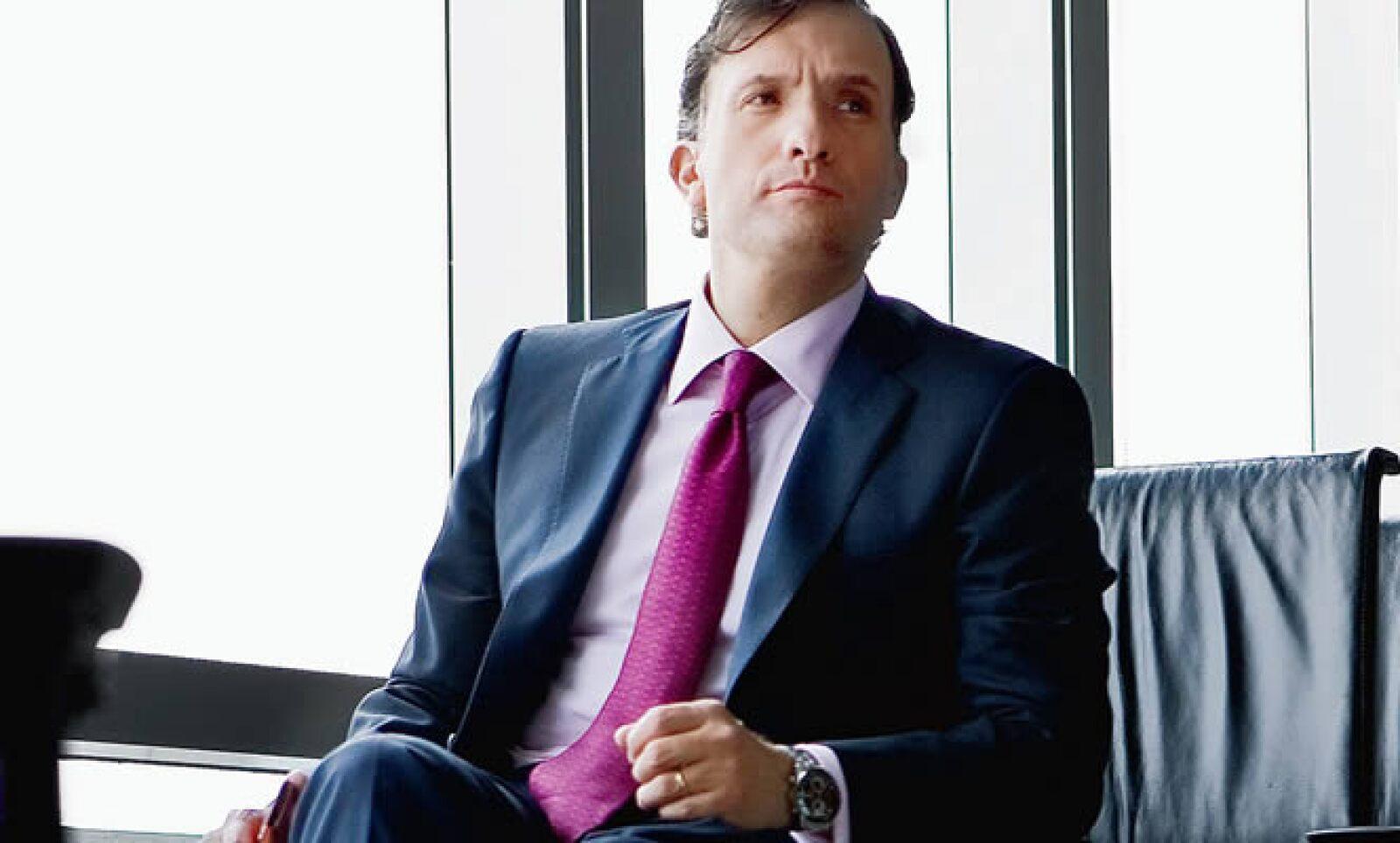 Manuel González durante 5 años fue Director de Comunicación en Maxcom, hoy es Director de Comunicación Corporativa de Nokia.