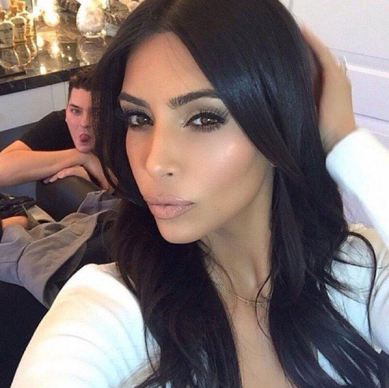 Una celeb que ha perfeccionado el duck face es Kim.