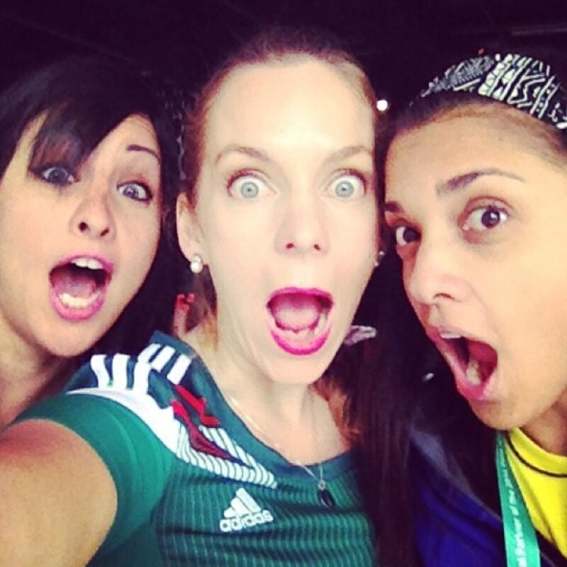 La periodista ha tomado su fama con tan buen humor que hoy compartió esta imagen y a pie de foto escribió: `My World Cup face´.