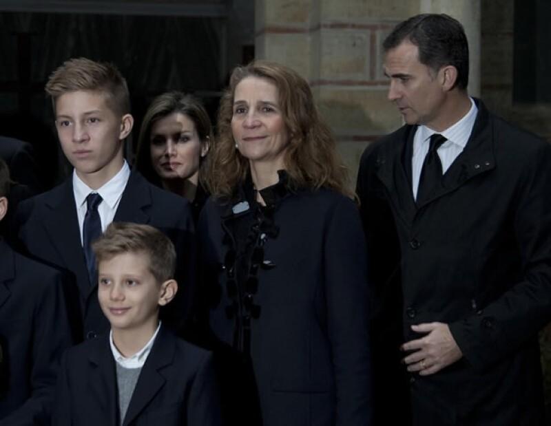 El día de ayer se cumplieron 50 años del fallecimiento del rey Pablo de Grecia. A tal evento asistieron miembros importantes como la Reina Sofía, los Príncipes de Asturias y las infantas.
