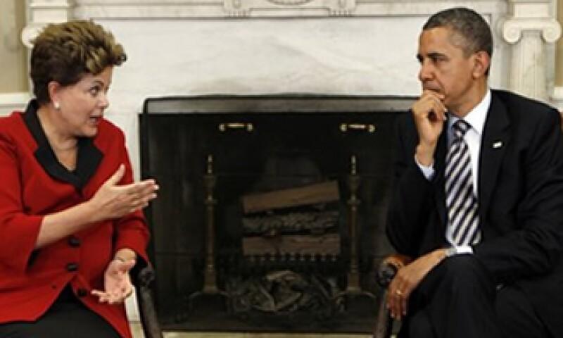 El Gobierno de Barack Obama declinó responder los comentarios de Dilma Rousseff sobre la política monetaria de EU. (Foto: Reuters)