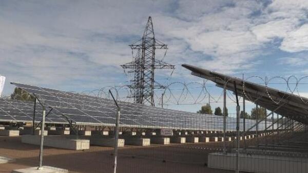Un parque de energía solar marca una nueva vida para Chernóbil