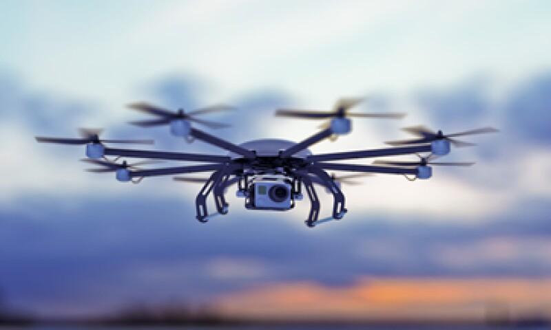 Los drones que vuelen en México no pueden transportar sustancias prohibidas por la ley. (Foto: iStock by Getty Images. )