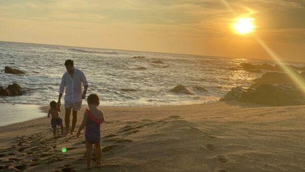 Emiliano Salinas y sus hijos Sebastián y Bárbara.jpg