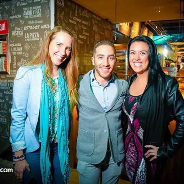 Coral Cassadey,Marcos Mustri y Marisol Lebrija