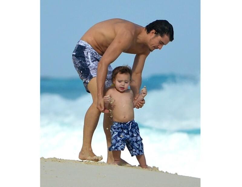 Orlando y Flynn acompañaron a su mamá a la apertura de una tienda LV en Cancún.