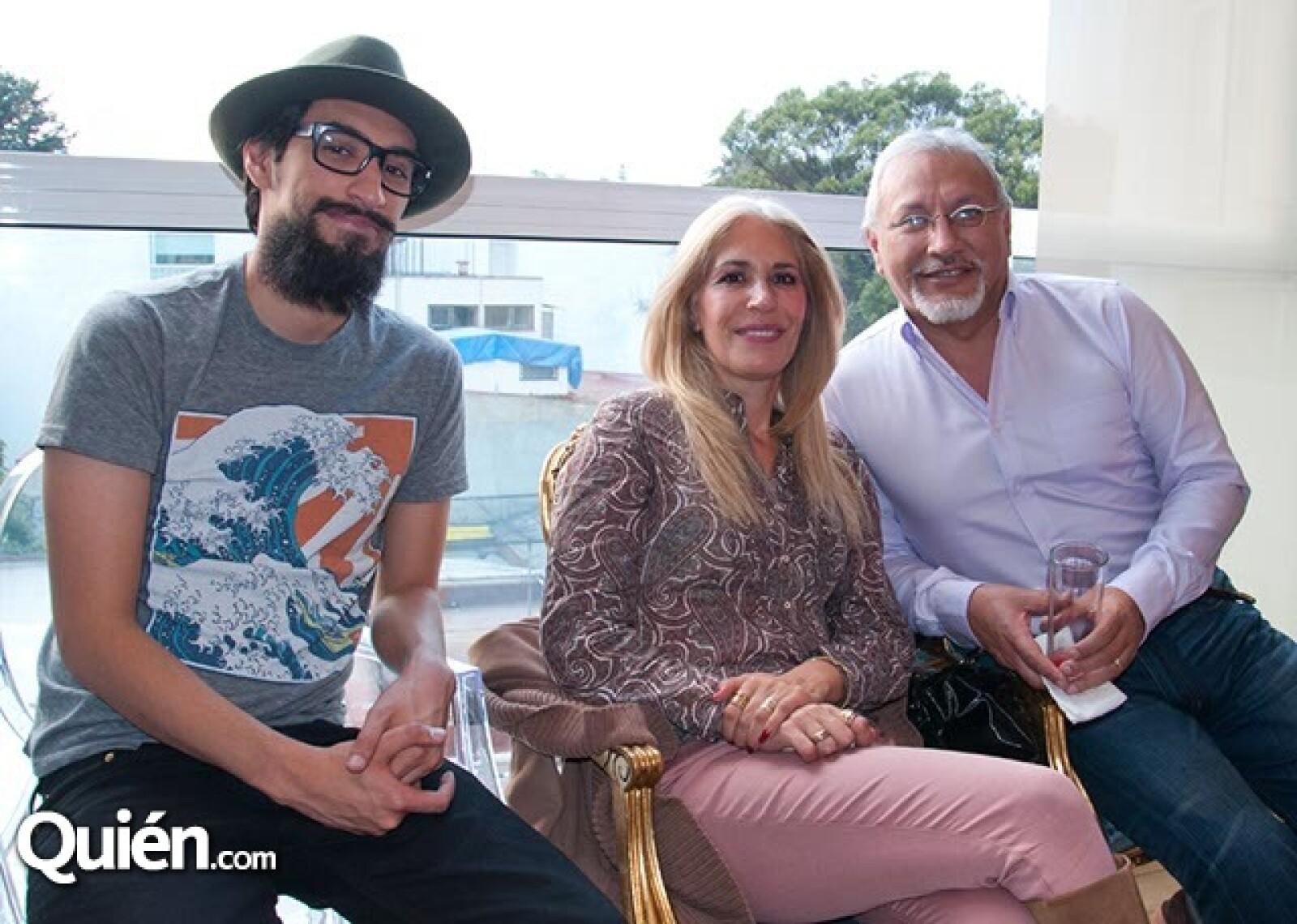 Enrique, Connie y Enrique García