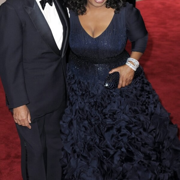 oprah winfrey usando oscar de la renta