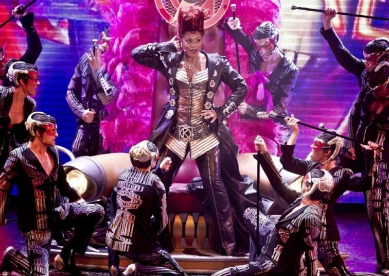 Killer Queen fue interpretada por la actriz Jacqueline B. Arnold, quien también fue muy ovacionada por los graves en su voz.