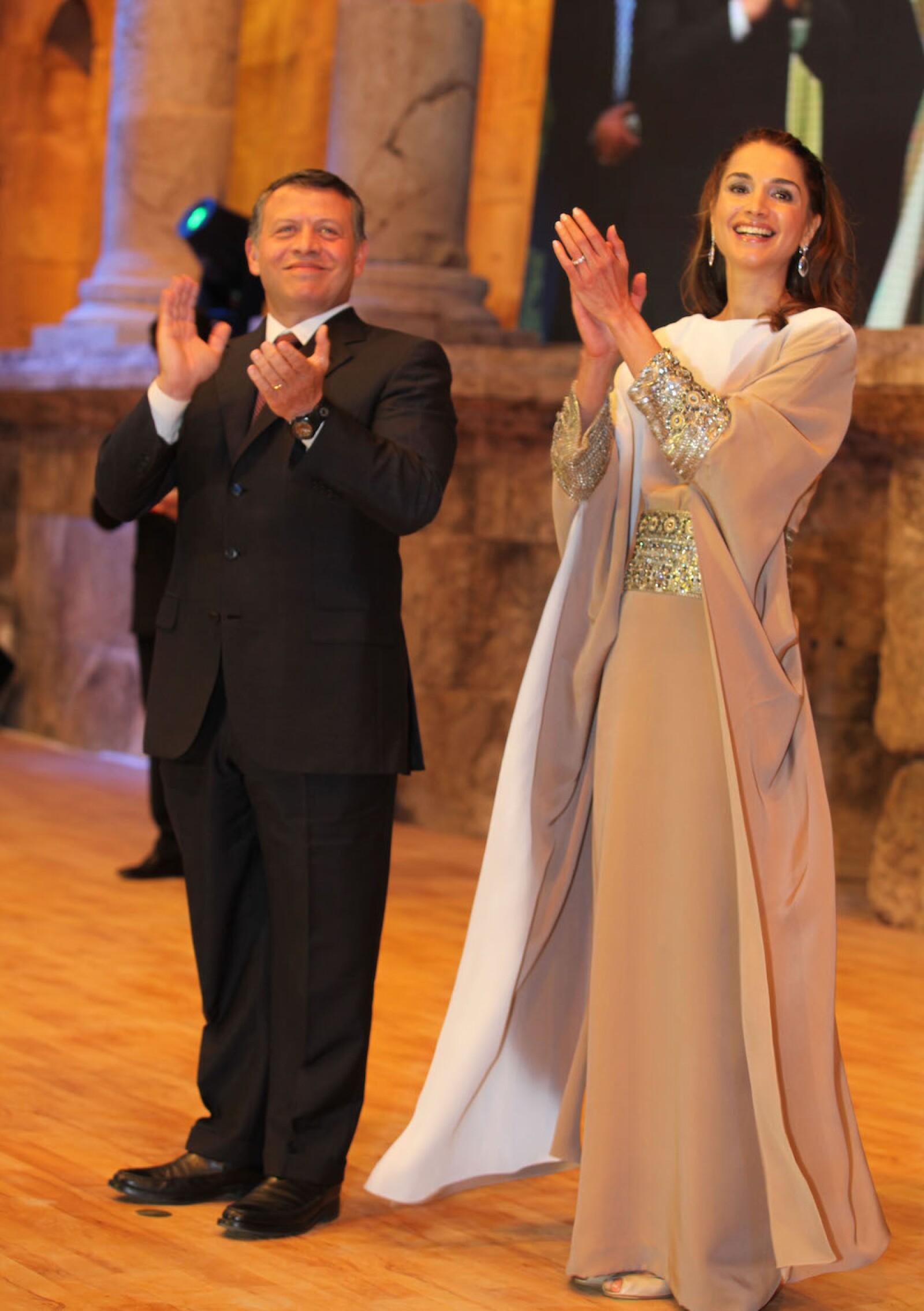 Jordanian Royal Couple Honor Himmeh Winners At National Award Celebration