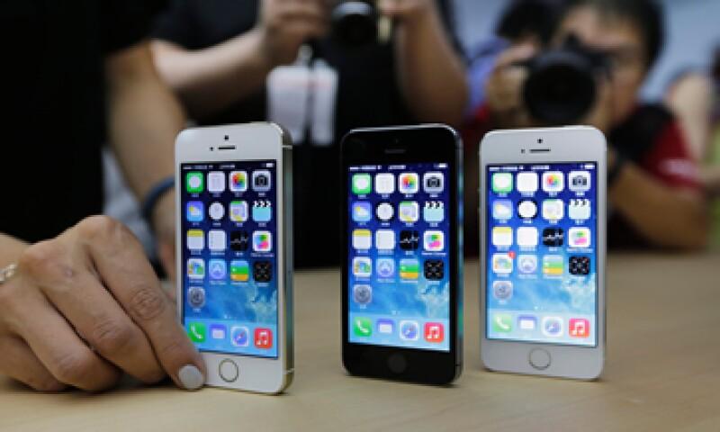 La CIA presuntamente intenta penetrar las claves cifradas de los aparatos Apple desde antes de que el iPhone fuera lanzado. (Foto: Reuters )