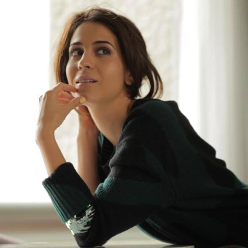 """Si no conoces a Cassandra es momento de que lo hagas. La hija de Fernando Luján se posiciona como una de las actrices de cuidado en el cine mexicano y nosotros la estamos nombrando toda una """"it girl""""."""