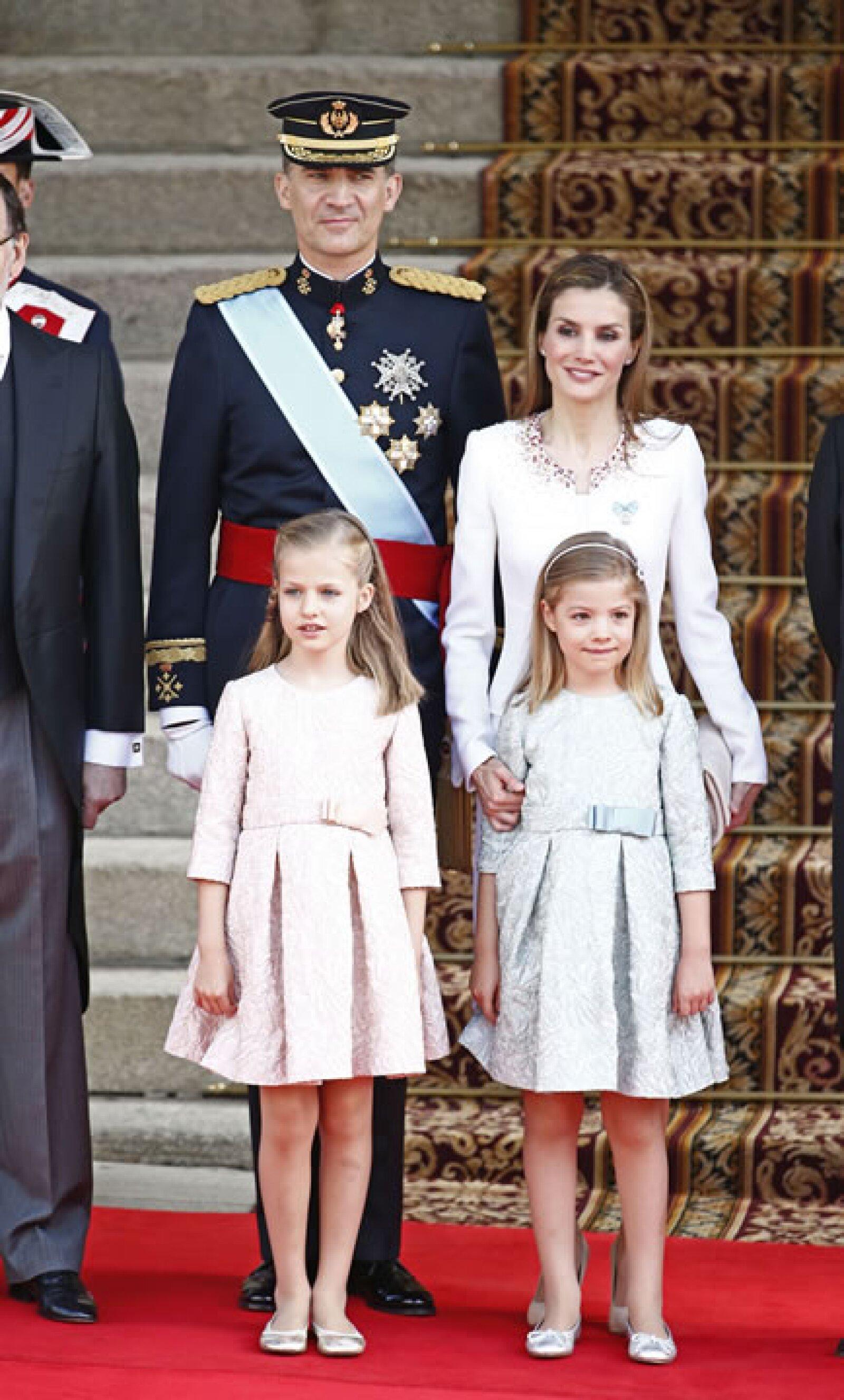 La familia real se compone ahora de estos cuatro personajes.