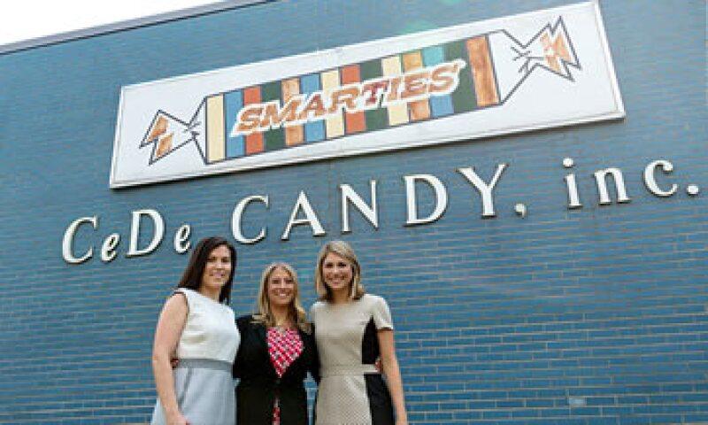 Las mujeres Dee han logrado aumentar las ganancias, agilizar la producción del caramelo e incursionar en el marketing de redes sociales. (Foto: CNNMoney)