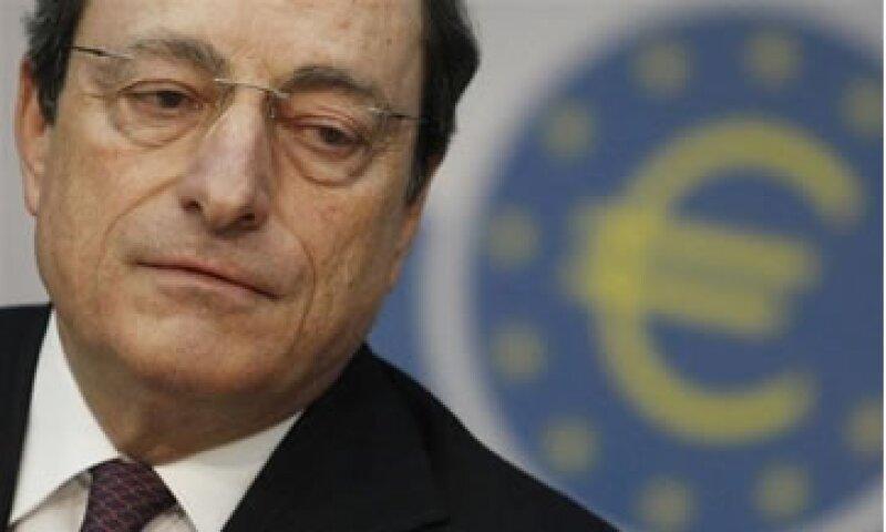 Los inversores esperan las palabras de Mario Draghi para obtener pistas sobre el futuro rumbo de la política monetaria. (Foto: AP)
