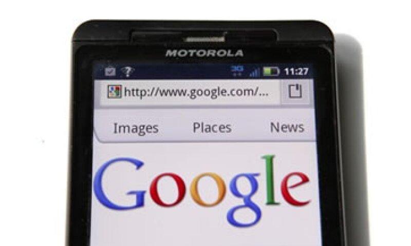 Google pagó 12,500 mdd por Motorola Mobility. (Foto: Reuters)