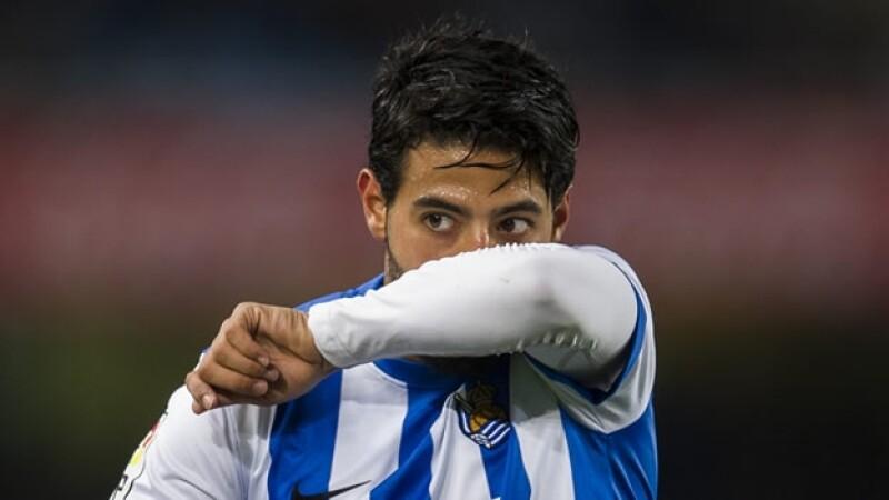 Carlos Vela en juego con la Real Sociedad