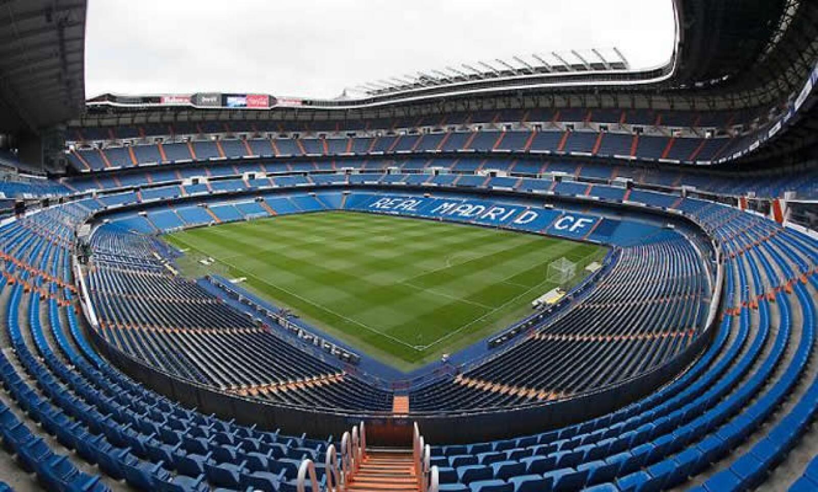 Actualmente el estadio tiene una capacidad de 85,454 personas.