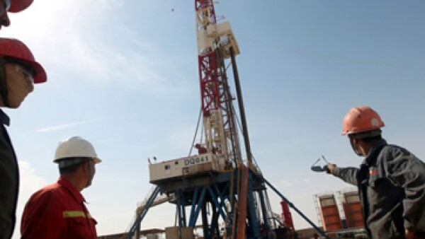 Los impuestos cobrados en Irak suelen consumir más de 90% de las ganancias de una empresa petrolera. (Foto tomada de CNNMoney.com)