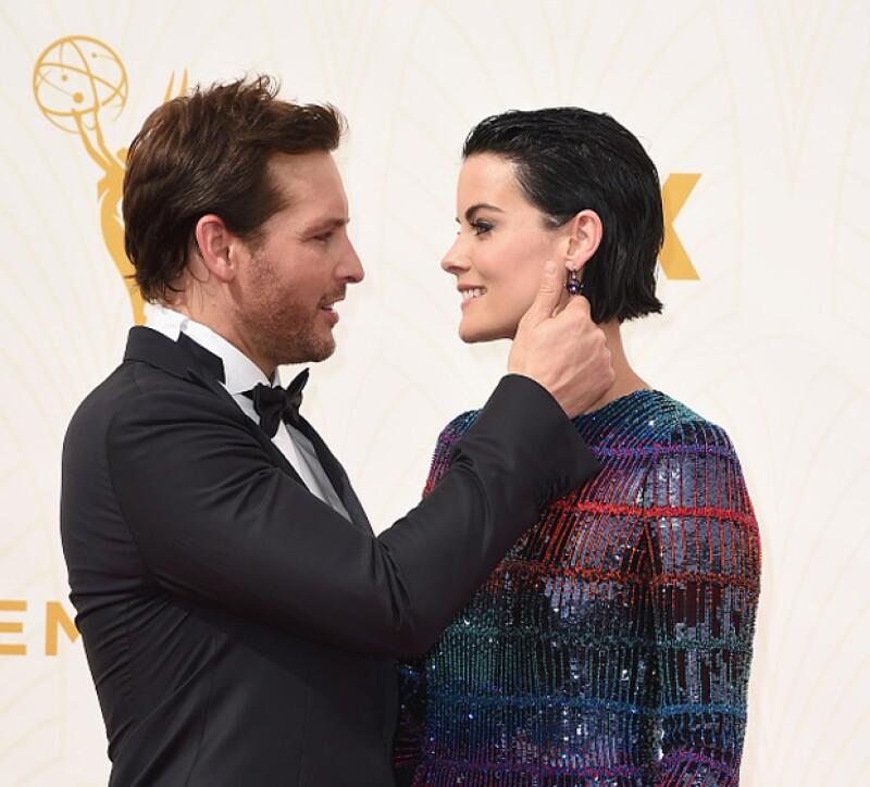 Además del glamour y los nominados, la alfombra roja de la importante premiación se distinguió por todos aquellos famosos que llegaron enamorados - y juntos - para disfrutar la velada.