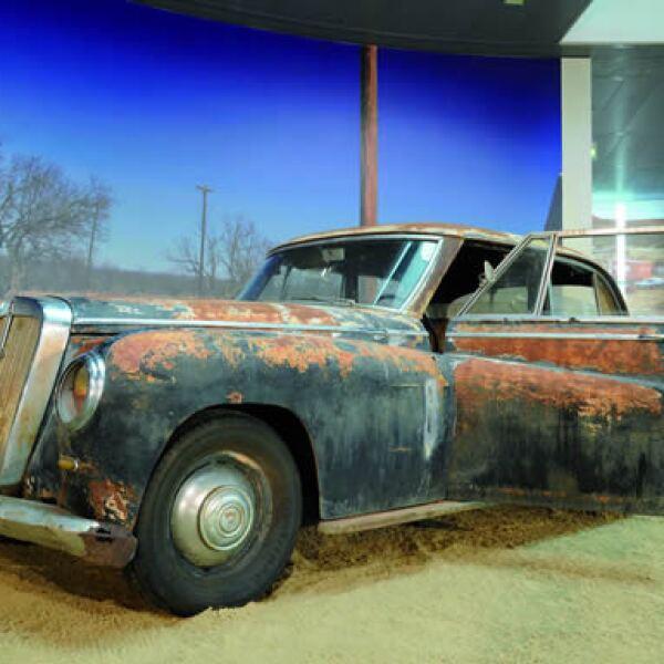 Este es el último Horch exhibido en el museo en condiciones originales.