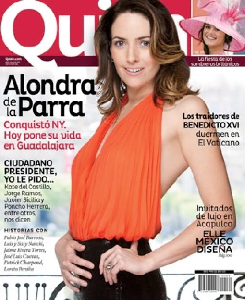 Alondra de la Parra engalana la nueva portada de la revista Quién donde encontrarás cómo con su carrera de directora de orquesta conquistó N.Y y ahora hace base en Guadalajara.