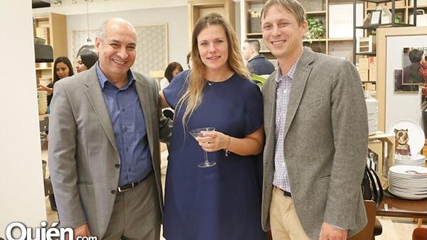 Adel Ashry,Kari Hazelton y Josh Geurisen