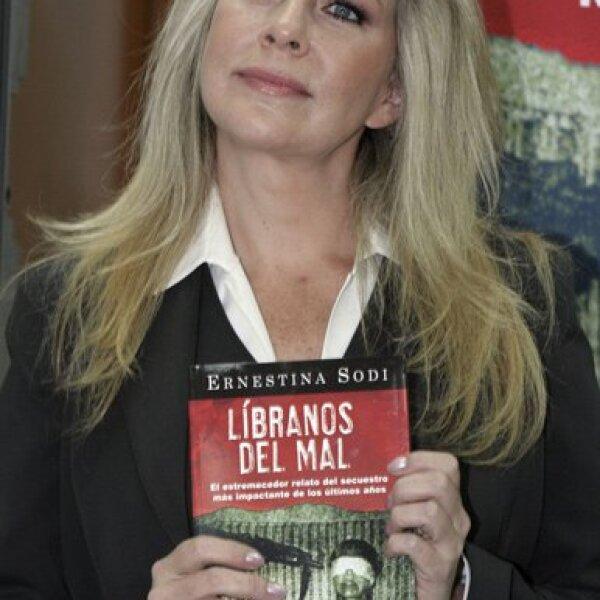 La hermana de Thalía, Ernestina Sodi, fue plagiada el 22 de octubre de 2002 a su salida del teatro San Rafael. Un mes después pudo regresar a su casa.