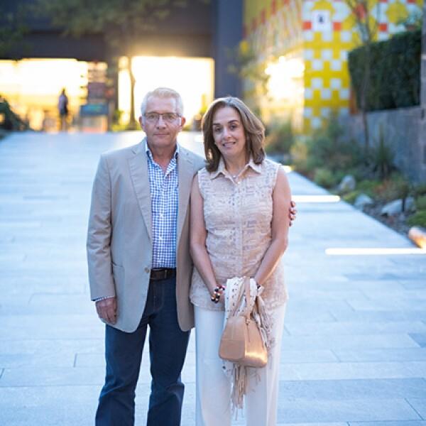 Carlos Hernández y Beatriz Ruelas