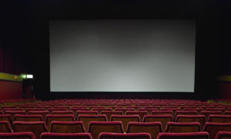 Actualmente la empresa tiene digitalizadas 1,492 de las 2,443 pantallas en México. (Foto: Thinkstock)