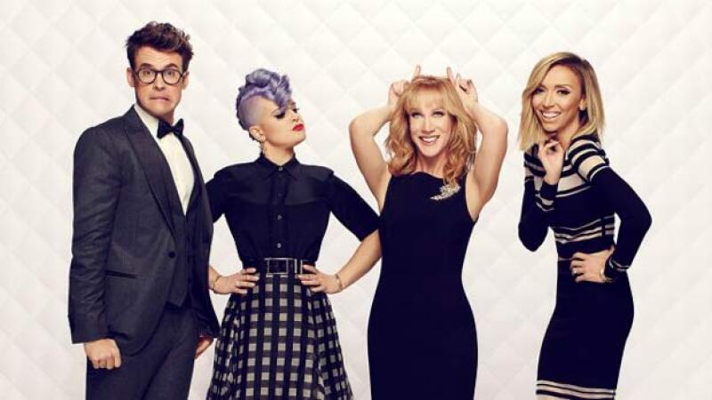 Por cinco años Kelly estuvo dentro del elenco de Fashion Police.