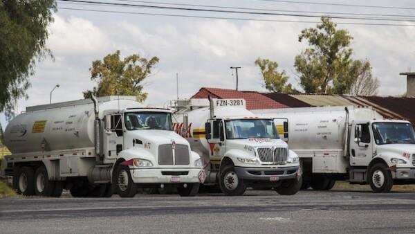 Camiones cisterna para transporte de combustibles