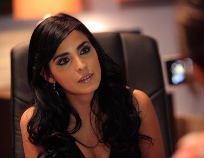 La actriz mexicana aseguró que si no llegara a convertirse en madre no dudaría en adoptar un bebé.