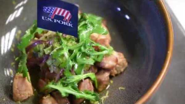 Aquí te decimos cómo hacer una ensalada de espinazo de cerdo americano