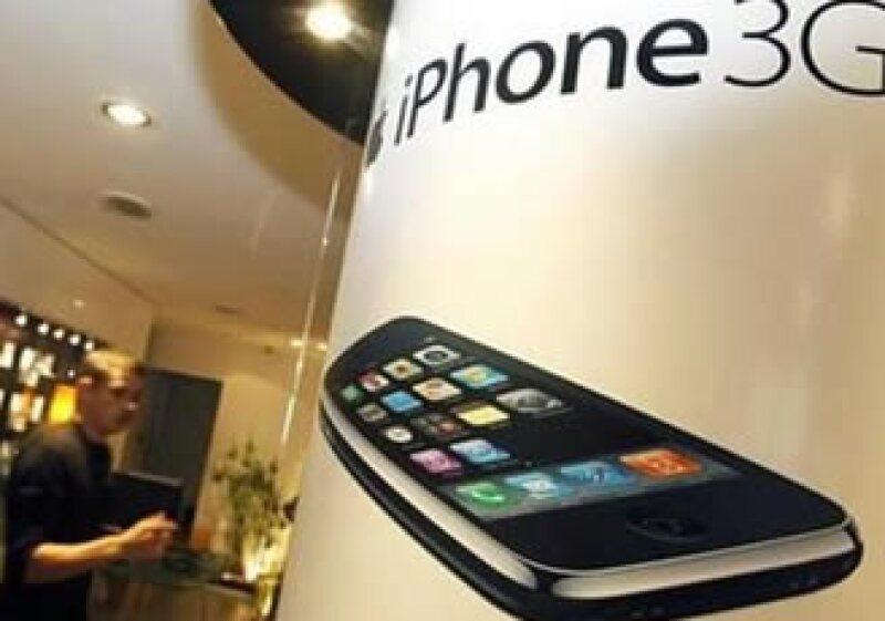 AT&T es el único operador autorizado por Apple para el uso del iPhone en EU. (Foto: AP)