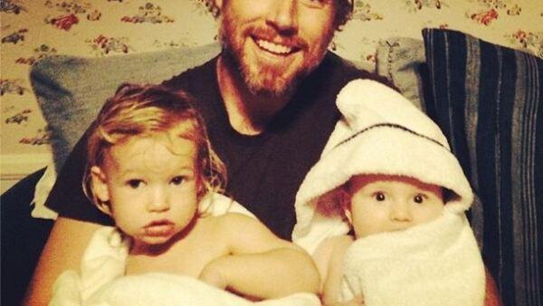 Jessica y Eric Johnson han formando una familia hermosa: sus hijos Maxwell y Ace acaparan toda su atención.