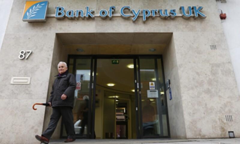 El paquete financiero de Chipre incluye un polémico impuesto a los depósitos bancarios. (Foto: Reuters)