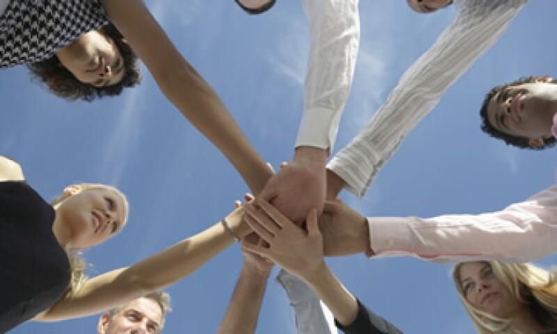 Los expertos recomiendan a los jefes entender el talento natural del empleado para reubicarlo mejor en los grupos de trabajo. (Foto: Thinkstock)