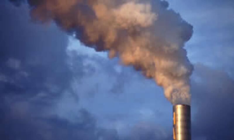 México importa al año 900,000 toneladas de carbonato de calcio, que puede producirse con el humo de emisiones industriales. (Foto: Thinkstock)